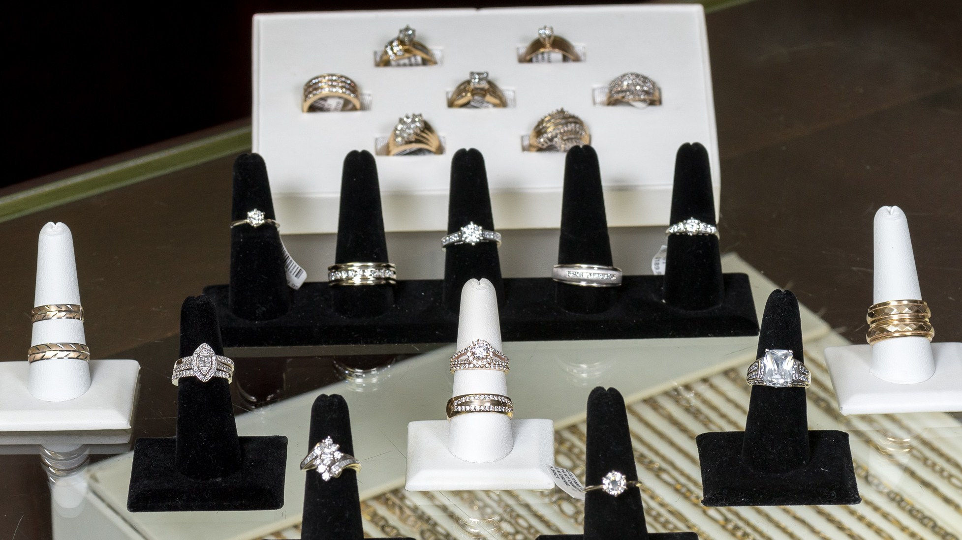 Various gold wedding rings in Kansas City