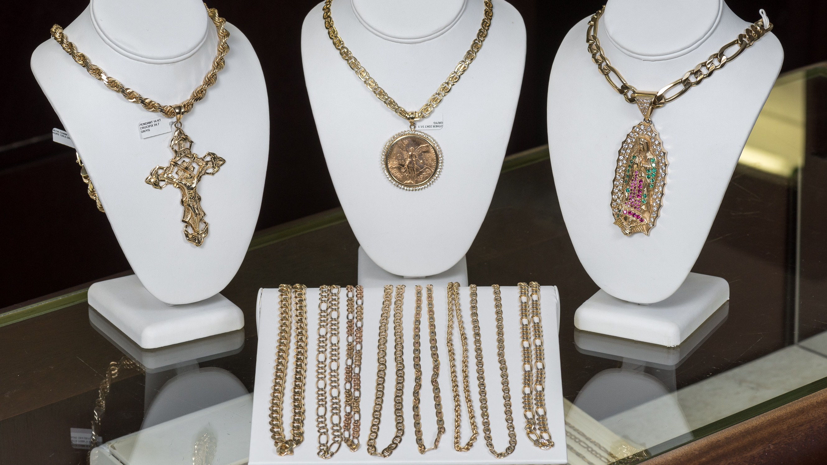 Gold chains in our Kansas City jewelry store