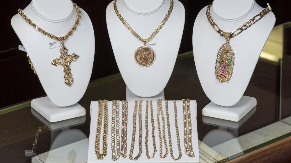 Cadenas de oro en nuestra joyería en Kansas City